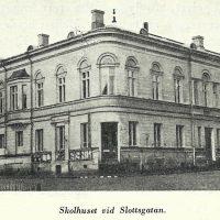[:sv]Fruntimmersskolan vid Slottsgatan, Åbo[:]