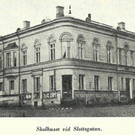 Fruntimmersskolan vid Slottsgatan, Åbo