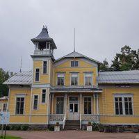 Finns folkhögskola, Esbo