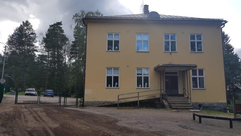 Karuby skola
